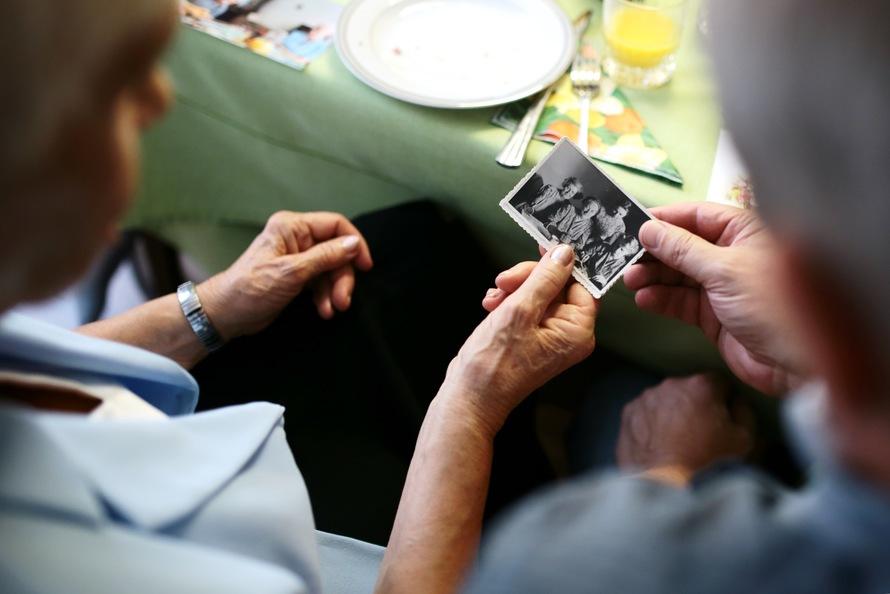 photo-memory-grandma-large.jpeg